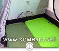 Попытка утеплить по возможности всю поверхность пола палатки за счёт использования туристических ковриков разной ширины