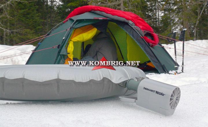 Американский туристический надувной матрас Therm-a-Rest NeoAir XTherm с электронасосом NeoAir Mini Pump